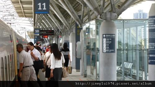 [竹北] 竹北高鐵特區(輕軌六家站)2011-06-22 012.jpg