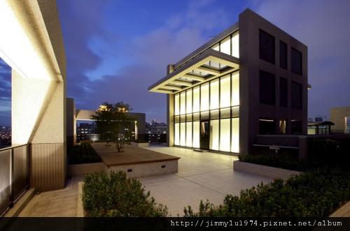 [台中] 鉅虹建設「MOMA」2010-07-05 02.jpg