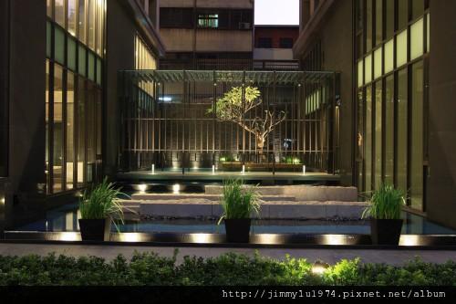 [台中] 鉅虹建設「水之庭」2010-12-22 04.jpg