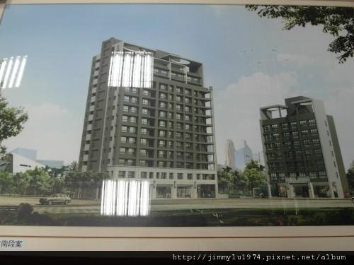 [竹南] 東淯建設「凰御」2011-10-06.jpg