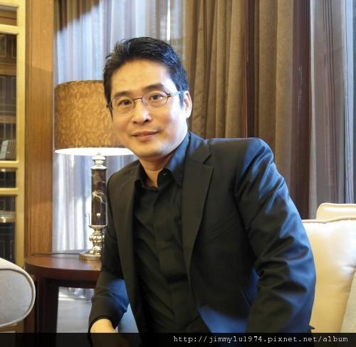 01 豪宅舵手吳永裕是建築產業垂直整合領域的佼佼者。