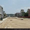 [頭份] 山豐建設「遠見」2012-07-11 005 盡頭即為竹南科學園區