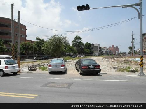 [頭份] 山豐建設「遠見」2012-07-11 006 中興路闢建中即將通車