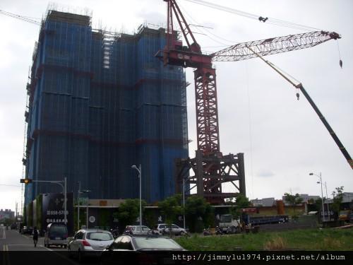 [竹北] 德鑫建設「A+7」工地吊塔2012-06-20 001