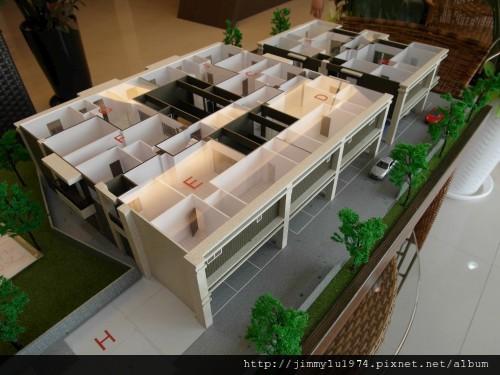 [竹南] 庭鋒建設「inHOUSE」2012-09-04 001