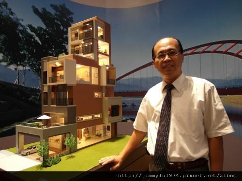 [台中] 圓頂建設「20e3」總經理卓昭同2012-09-06 001
