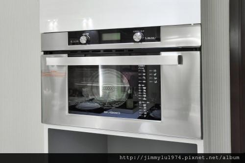 [竹北] 富宇建設「東方之星」建材設備 2012-11-09 008 蒸烤爐