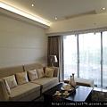 [竹北] 佳泰建設「全民時代」(大樓)2013-01-15 010