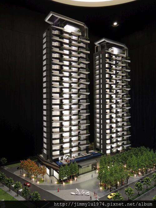 [竹北] 竹星建設「竹北之星」外觀參考模型 2013-03-06 001