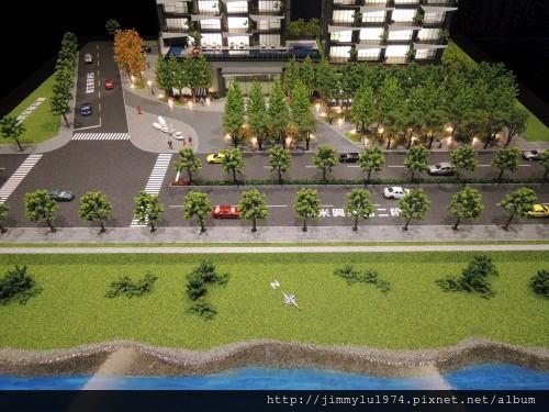 [竹北] 竹星建設「竹北之星」外觀參考模型 2013-03-06 009