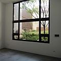 [竹北] 凱歌堂建設「一六行館」全新完工 2013-03-07 019