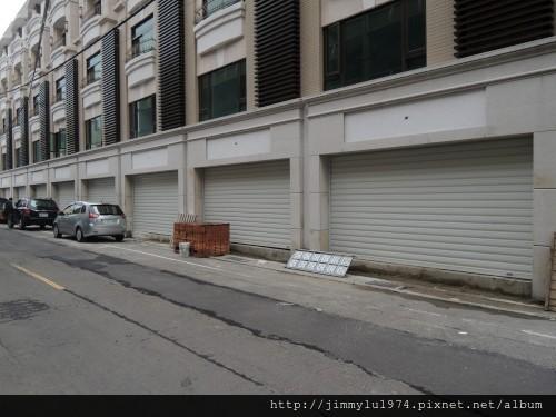 [竹北] 宏家建設「人文天尊」即將完工 2013-04-16 001