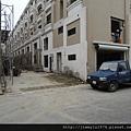 [竹北] 宏家建設「人文天尊」即將完工 2013-04-16 010