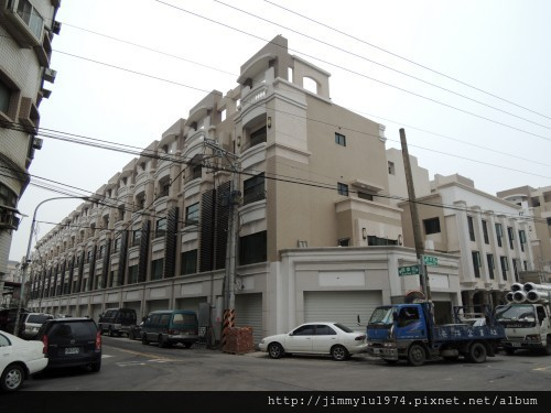 [竹北] 宏家建設「人文天尊」即將完工 2013-04-16 014