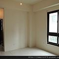 [新竹] 祐佳建設「愛丁堡3」角地電梯透店(自售) 2013-04-16 025