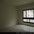 [新竹] 祐佳建設「愛丁堡3」角地電梯透店(自售) 2013-04-16 029