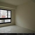 [新竹] 祐佳建設「愛丁堡3」角地電梯透店(自售) 2013-04-16 036