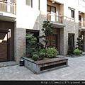[新竹] 雄基建設「鉑金官邸」外觀與中庭 2013-05-31 009