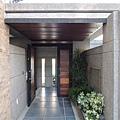 [新竹] 雄基建設「鉑金官邸」外觀與中庭 2013-05-31 011