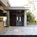 [新竹] 雄基建設「鉑金官邸」外觀與中庭 2013-05-31 014