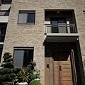 [新竹] 雄基建設「鉑金官邸」外觀與中庭 2013-05-31 018