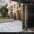 [新竹] 雄基建設「鉑金官邸」外觀與中庭 2013-05-31 022