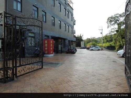 [新埔新湖] 城美建設「城美」(透天) 2013-09-11 002