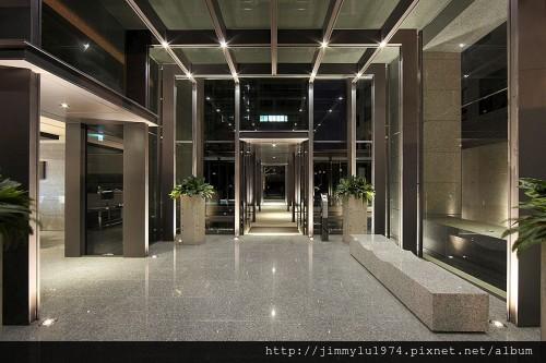 [竹北高鐵] 新業建設「新業APlus」(新業A+)(大樓) 2013-10-17 012