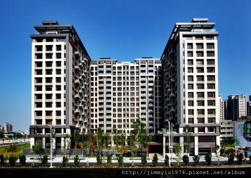 [竹北水岸] 富廣開發「景泰然」(大樓)外觀與公設實景 2013-11-28 001