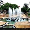 [新竹巨城] 正群建設「天青硯」(大樓) 2013-11-29 018 護城河親水公園