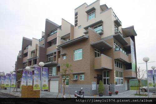 [竹南大埔] 郡林建設「郡林禾軒」(透天) 2013-12-28 017