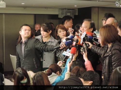 [新聞活動] 竹北高鐵影城簽約 2014-02-27 007