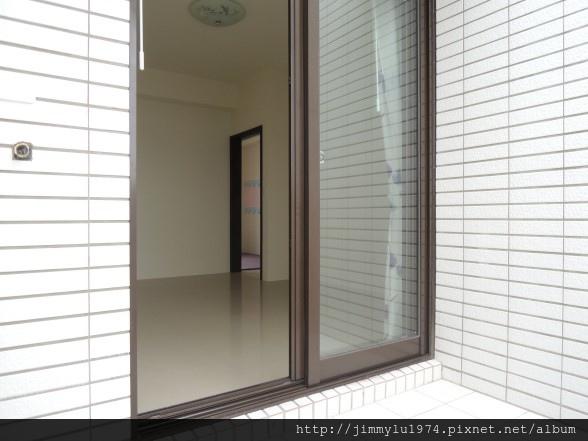 [湖口王爺] 譽家建設「玉莊園」(部分電梯透天)樣品屋 2014-11-28 041