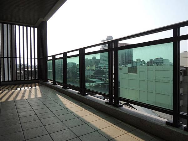 [新竹城隍] 展麗開發-賦御(大樓)2015-03-27 031
