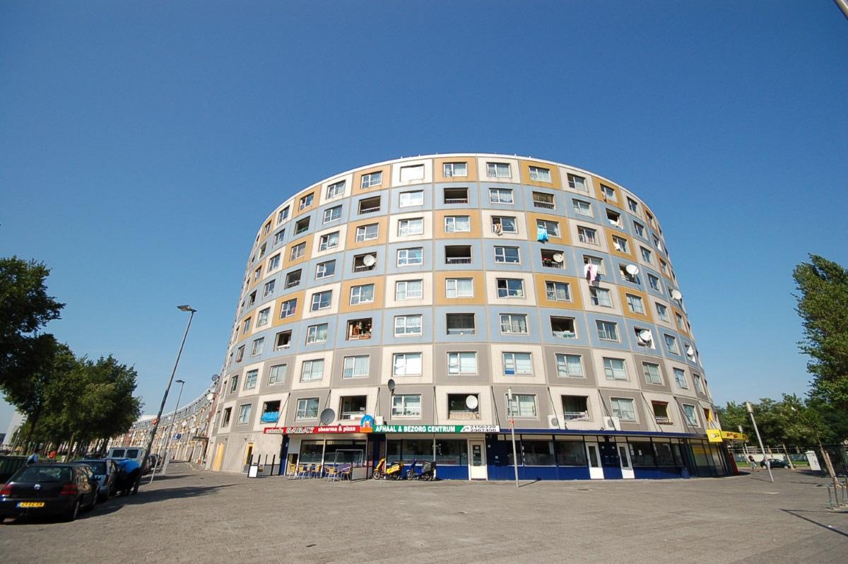 [鹿特丹] 圓形公寓01.JPG