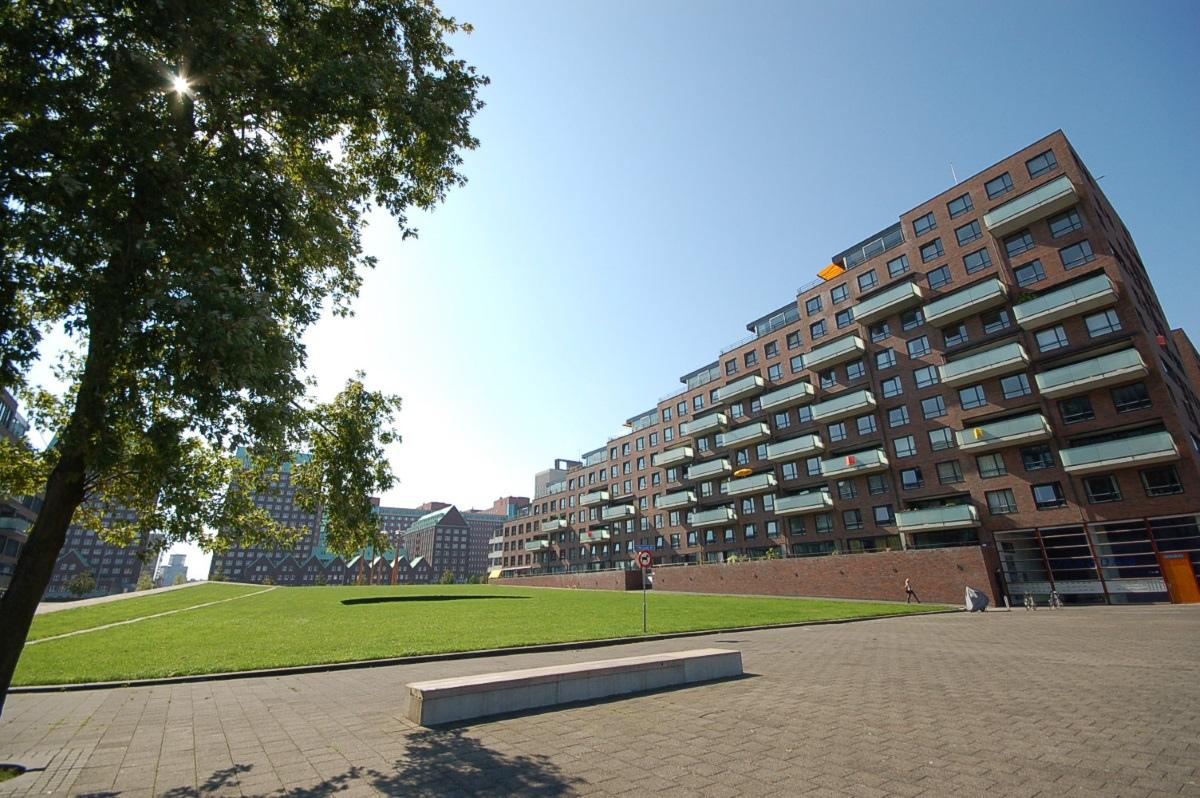 [鹿特丹] 階梯形大露台+大陽台社區.JPG