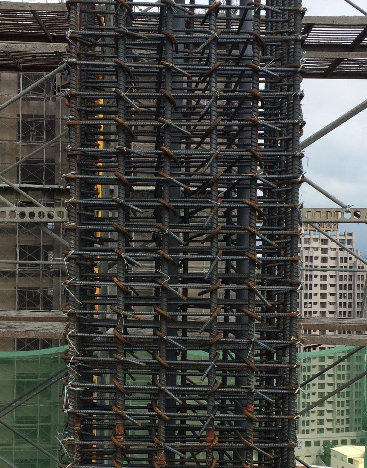 [新竹光埔] 興築建設-興世代(大樓)2015-06-28 012 結構-柱筋綁紮