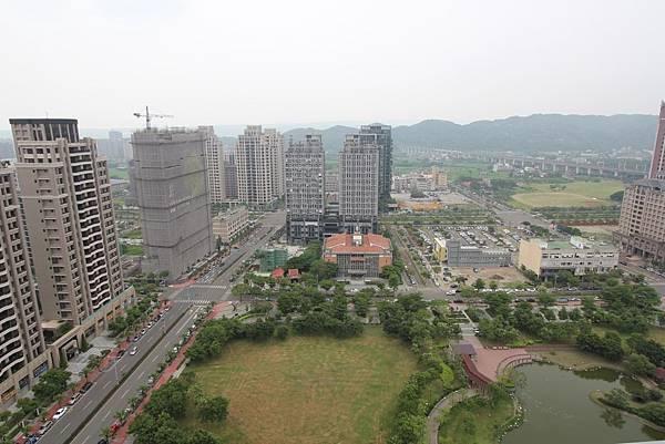 [竹北高鐵] 國泰建設-TwinPark(大樓) 2016-05-05 003