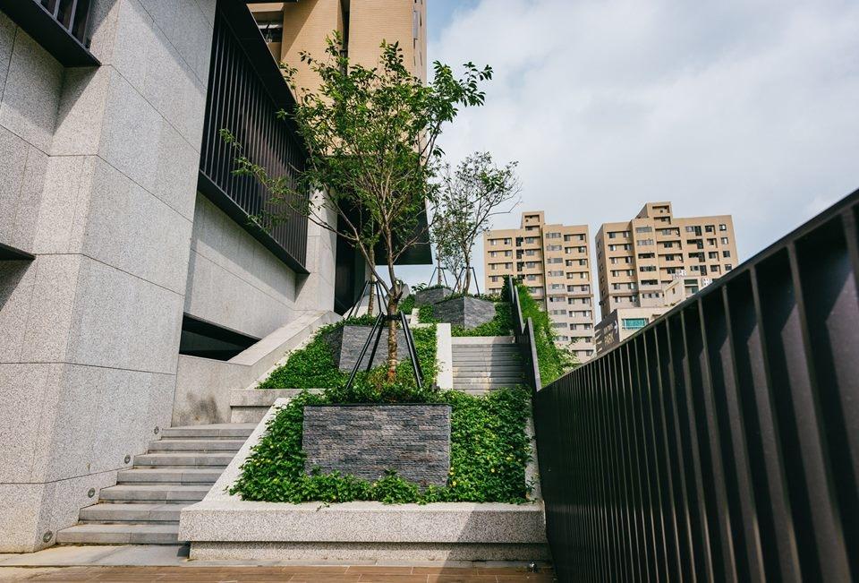 [竹北高鐵] 惠友建設「惠友紳」2016-08-14.jpg
