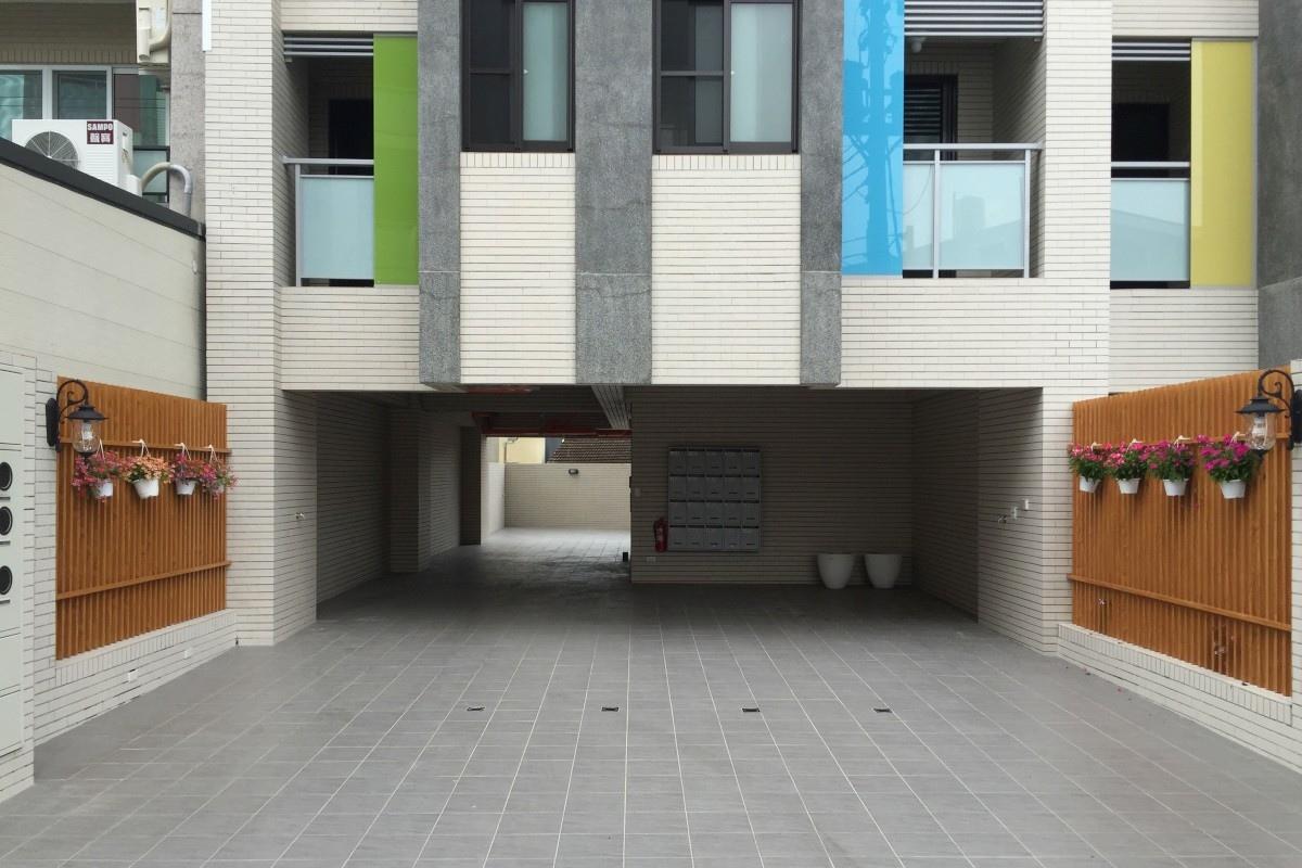 [安定南科]日光行館5(電梯透天投套)2016-08-31 007.jpg