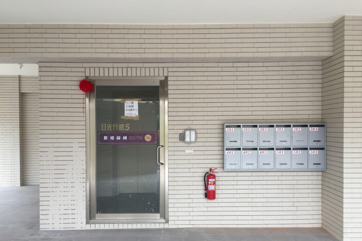 [安定南科]日光行館5(電梯透天投套)2016-08-31 008.jpg