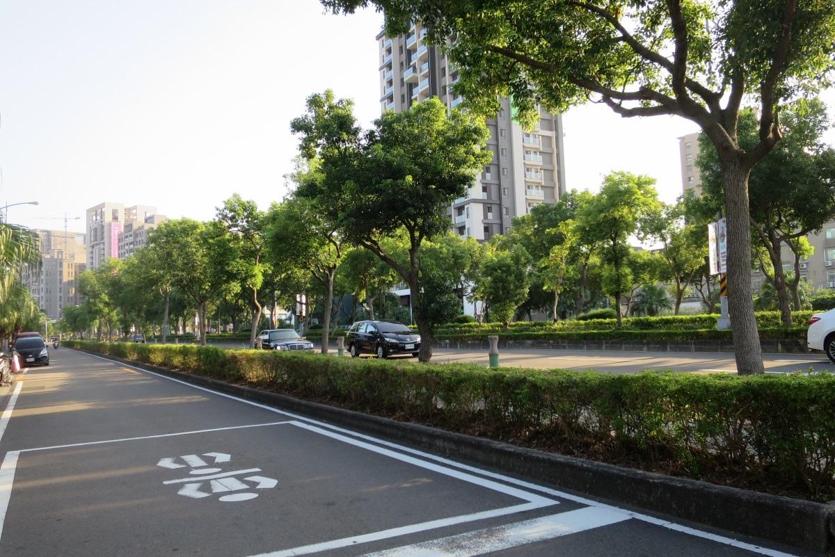 [田野踏查]光明六路東一段 2016-11-24 001.JPG
