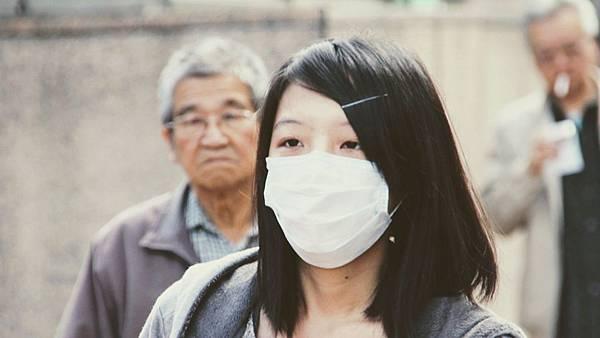 mask-1954673_1920.jpg