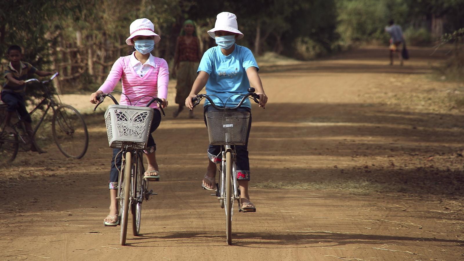 cycling-4490942_1920.jpg