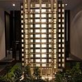 春福建設「一邸」02外觀模型.JPG