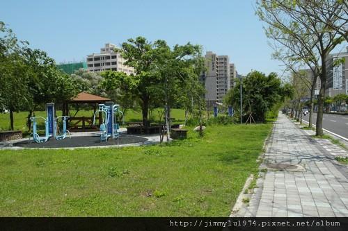 [竹北] 暘陞建設「極品苑」2011-04-19 010.jpg