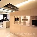 瑞騰建設「青川之上」32樣品屋廚房.JPG