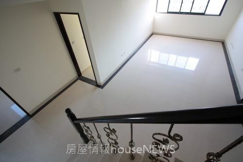 理德建設「水立方」25待售屋.JPG