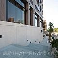 雄基建設「原風景」08社區入口.JPG