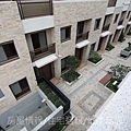 雄基建設「鉑金官邸」25俯視中庭A區.JPG